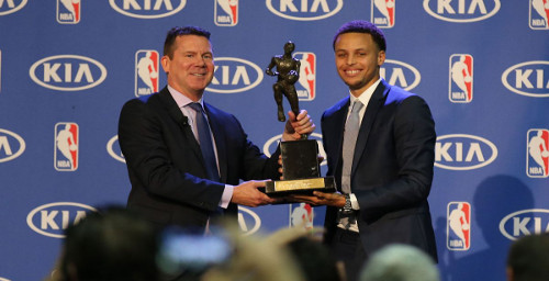 MVP Steph Curry shows his appreciation to Octagon